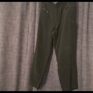 Club Monaco Olive Green Silk Cargo Pant Size 10